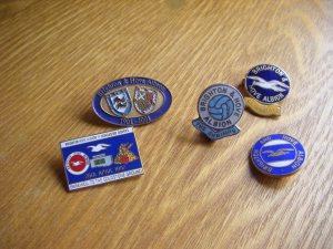 Brighton & Hove Albion pin badges