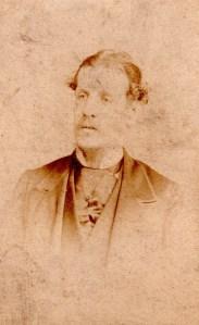 George Dinnis