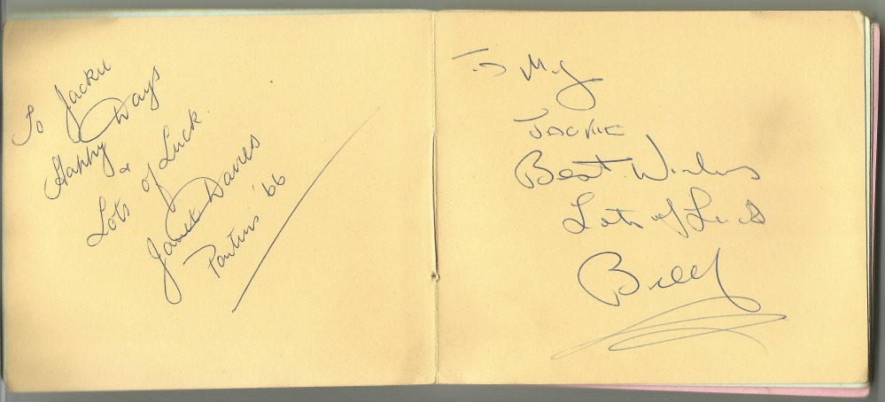 Pontins - Bluecoats & Autographs (3/4)