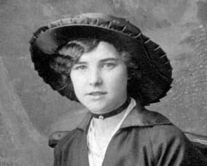 Florence Violet Dinnis (Heard)