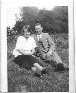 Ernest Doswell with his daughter Dora in 1925