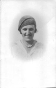 Dora Doswell (Ashbolt)