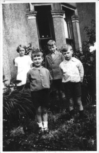 17 August 1930 Hassocks Nancy, Jack, Ron & Gordon