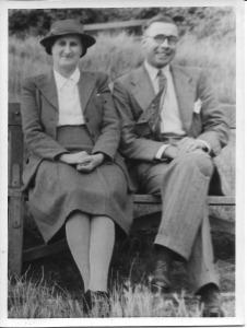 Annie Dinnis with Bert Arkell