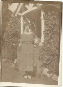 Elsie Lilian Julia Dinnis 1923 - Copy