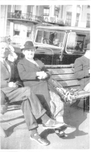 Joseph Taylor Dinnis and Catherine Taylor Dinnis on Brighton seafront
