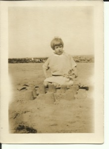 August 1927 Tynemouth Nancy Dinnis