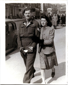 gordon-dinnis-and-enid-howells-queens-road-brighton-9-april-1947_fixed