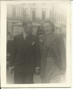 27 April 1947 Bert and Nancy on their honeymoon, London Strand