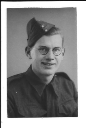 Gordon Charles Dinnis 12 March 1943