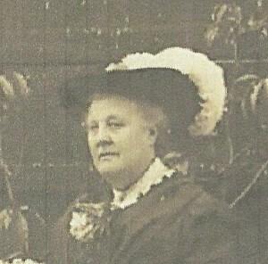 Charlotte Harriet Dinnis (Crocker) 1914