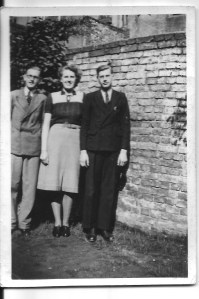 Left to Right: Ron, Nancy and Gordon Dinnis in 1939