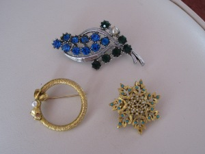 Rose Cleeves brooches