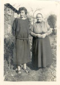 18 April 1924 Olive and Agnes