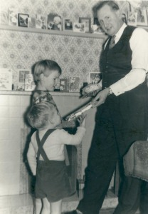 Inside Blaker Street 24 12 1959 (1)