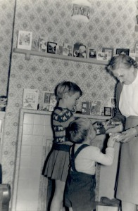 24 December 1959 Sue and Ian with our grandmother Annie Dinnis (Cleeve).